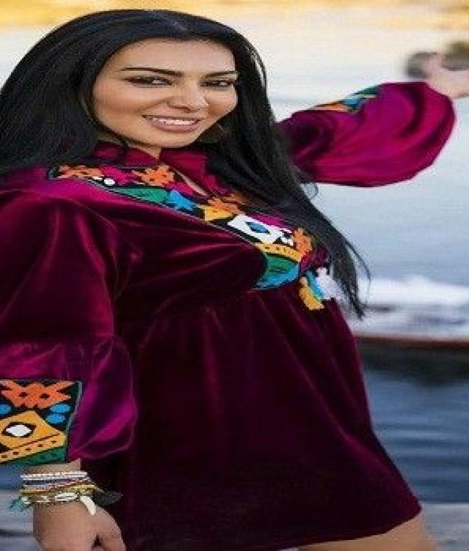 """ميرهان حسين تشعل """"إنستجرام"""" بفيديو تقليد لـ أصالة و سميرة سعيد"""