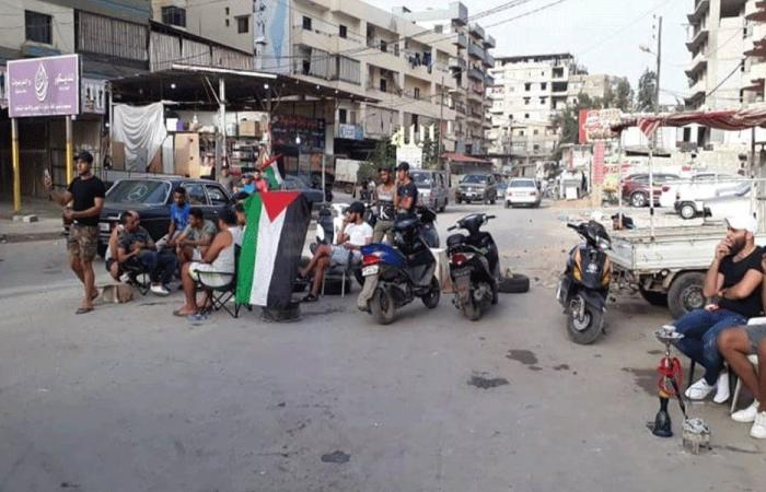 إغلاق طرق مخيم البداوي احتجاجا على قرار وزير العمل