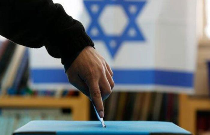 فتح صناديق الاقتراع في الانتخابات الإسرائيلية