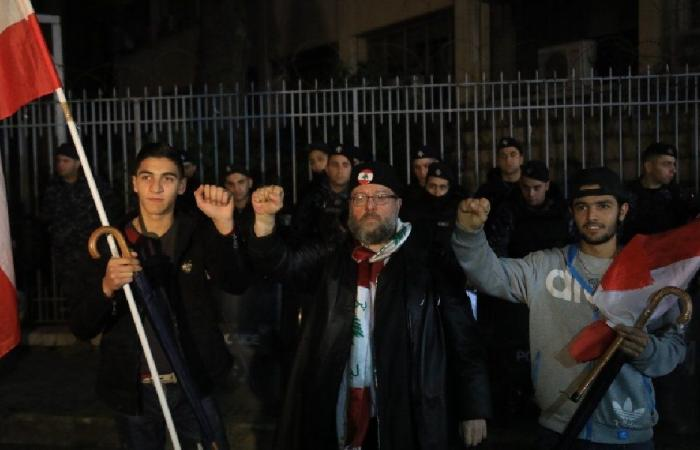 وقفة أمام قصر العدل: لقضاء نزيه ومستقل