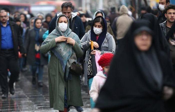 """هل يخفي النظام الإيراني حقيقة الأرقام المصابة بـ""""كورونا""""؟"""