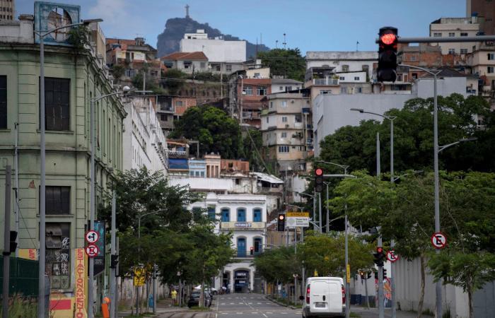 ملازمة المنزل... مهمة مستحيلة للمشردين في ريو دي جانيرو