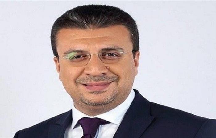عمرو الليثى يشكر كل من واساه فى وفاة حماته عبر تويتر