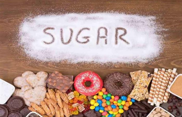 كيف تتخلص من الرغبة الشديدة في تناول السكر والحلويات؟