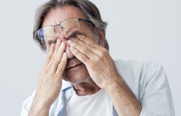 ضباب الرؤية علامة تحذيرية لمضاعفات مرض السكرى.. اعرف طرق الوقاية