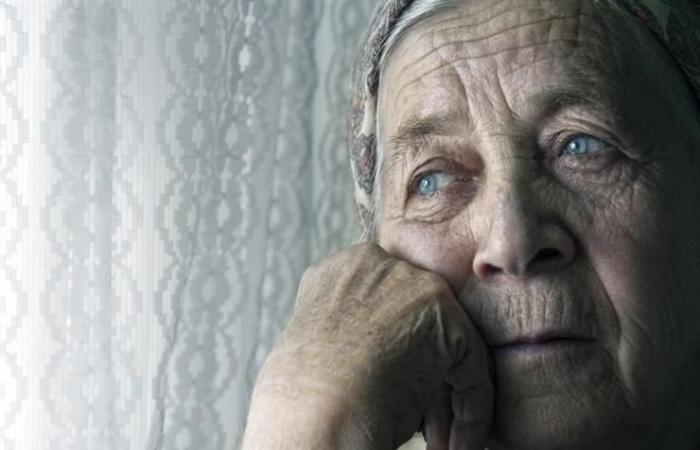 دراسة: عزلة كبار السن تزيد من خطر الوفاة المبكرة