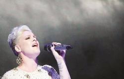 """مغنية أميركية شهيرة تعلن إصابتها بفيروس""""كورونا"""" بعد ابنها"""